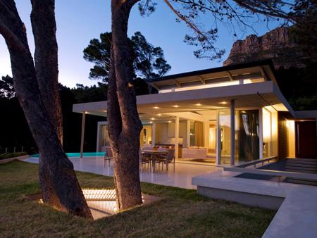 طراحی حیاط آپارتمان,دکوراسیون و چیدمان حیاط خلوت