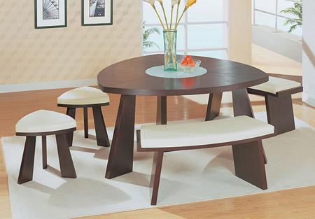 میز و صندلی غذاخوری نیمکتی, میز غذاخوری در اشکال متفاوت